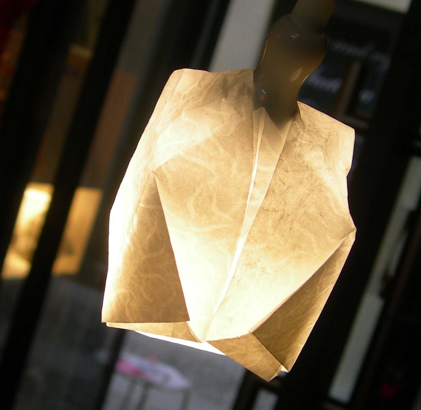 Laboratorio ORIGAMI per Lampada  Fuorisalone.it