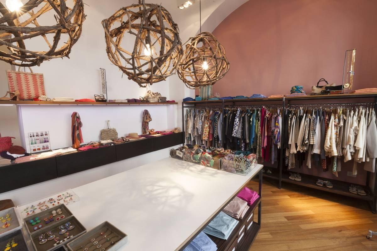 Goods boutique donna for Negozi design milano