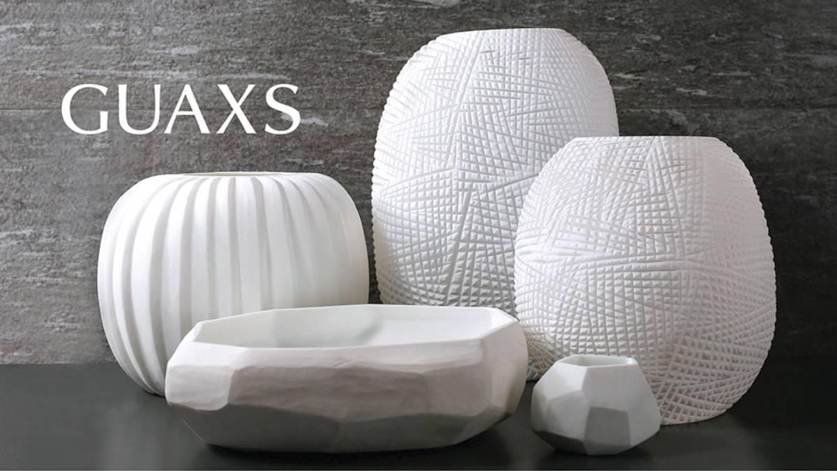 guaxs showroom. Black Bedroom Furniture Sets. Home Design Ideas