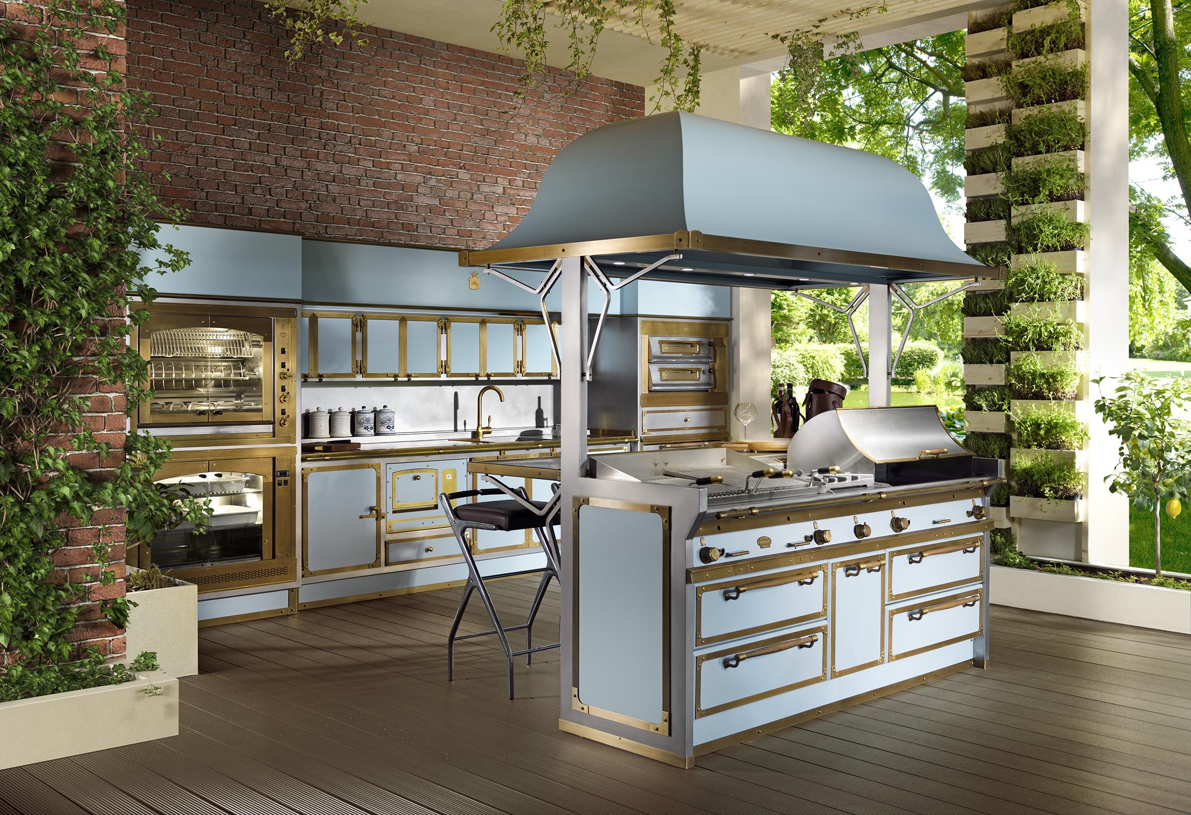 New spring summer collection kitchens virtual tour for Virtual tour kitchen designs